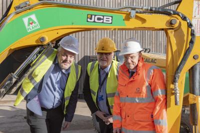 City of Wolverhampton Council Leader, Councillor Ian Brookfield, Malcolm Cowgill, principal and chief executive at City of Wolverhampton College, Mayor of the West Midlands, Andy Street open the Plant Training Centre