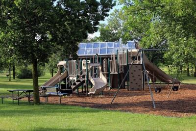 Play areas and outdoor gyms to re-open this summer