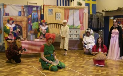 The Pandemic Panto Company performed Little Red Riding Hood for the children at Whitgreave Primary School